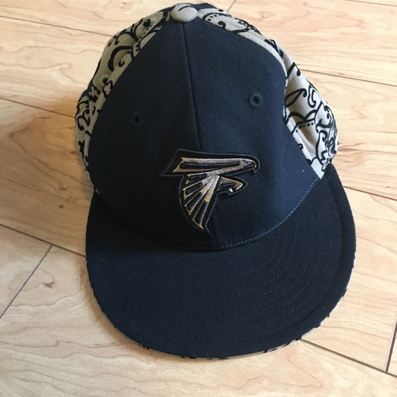 89b5b656c91 Reebok Tan Black Atlanta Falcons Hat. NWT
